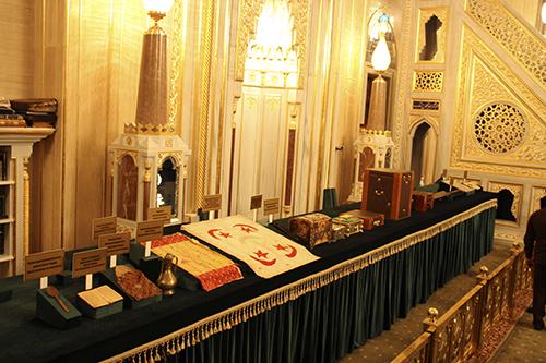 В Грозном прошла выставка священных реликвий